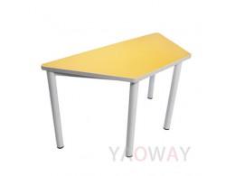 705F (梯型桌板) 會客室/ 會議室 及多功能教室 (討論教室, 翻轉教室)